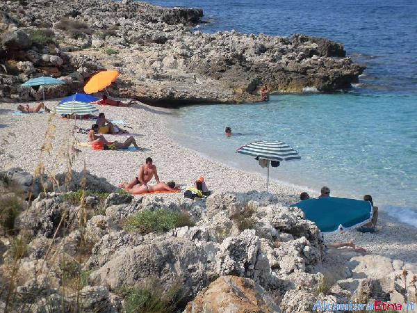 Foto san vito lo capo castelluzzo trapani sicilia for Costo della costruzione della casa sulla spiaggia